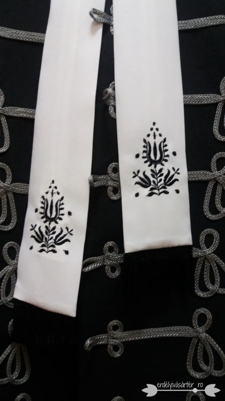 0cefdc0f40 Erdélyivásártér - Fehér-fekete bocskai nyakkendő